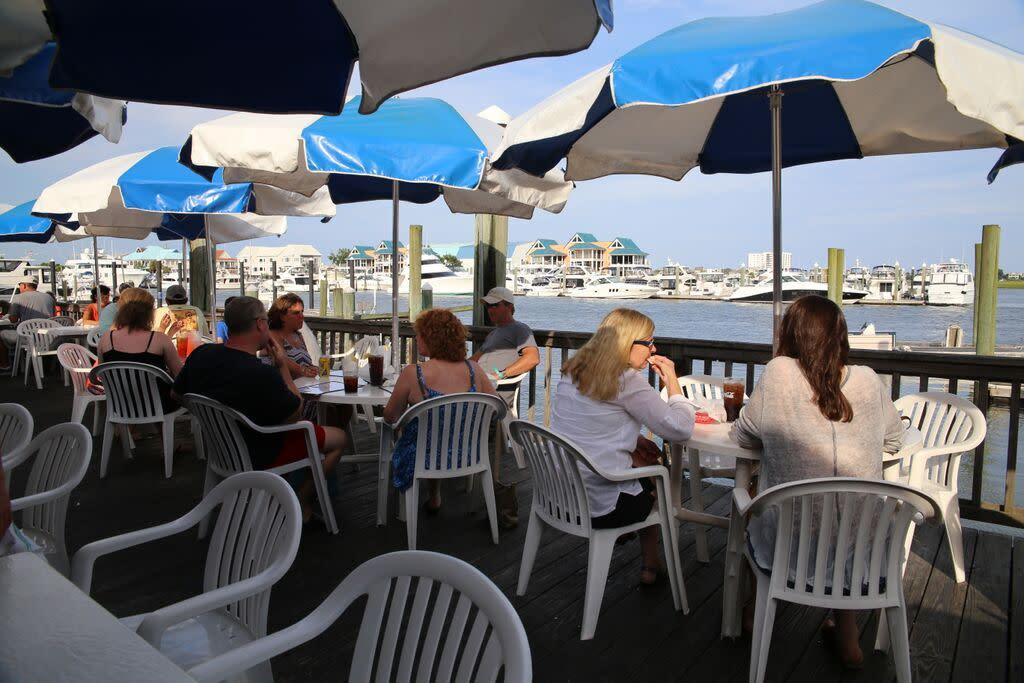 Dockside Outdoor Dining