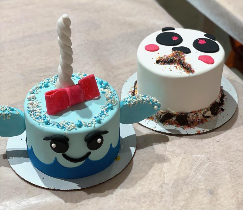 Finished Cakes at Duff's CakeMix
