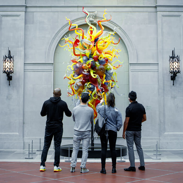 Group looking at art at Columbus Museum of Art
