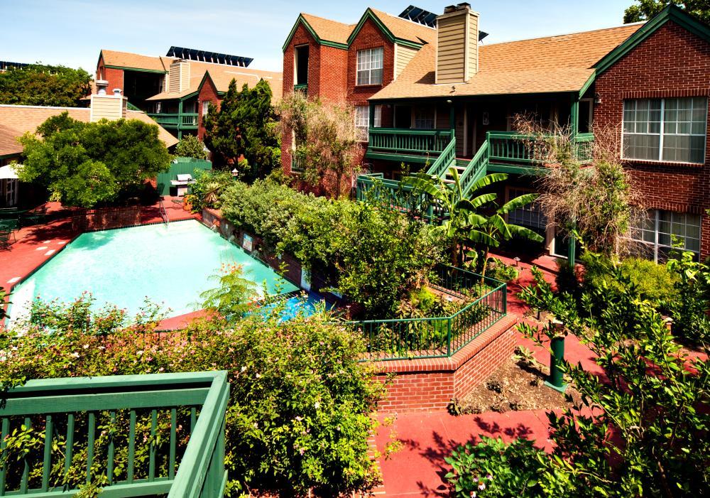 Habitat Suites hotel exterior and pool in Austin Texas