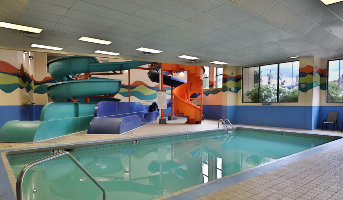 Kanata Pool