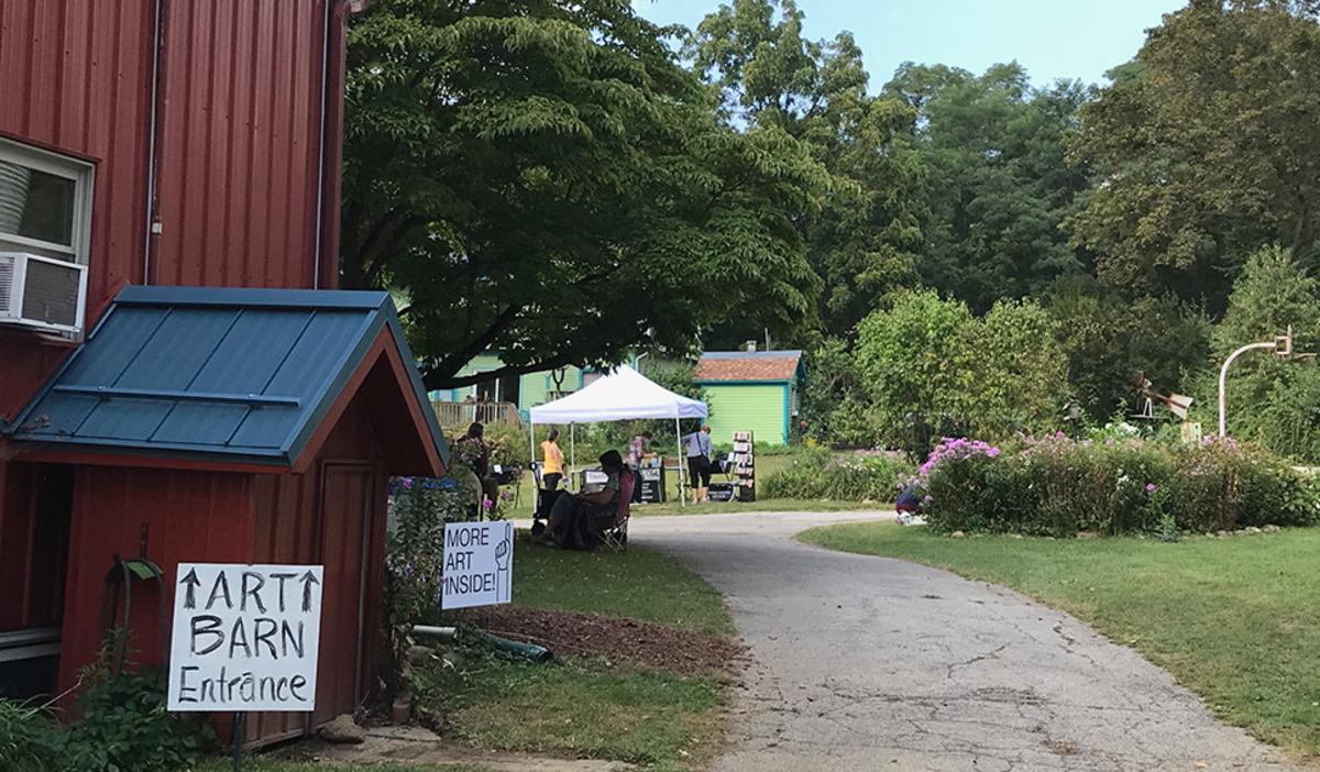 Path to barn at Art Barn's Art Blitz 2021