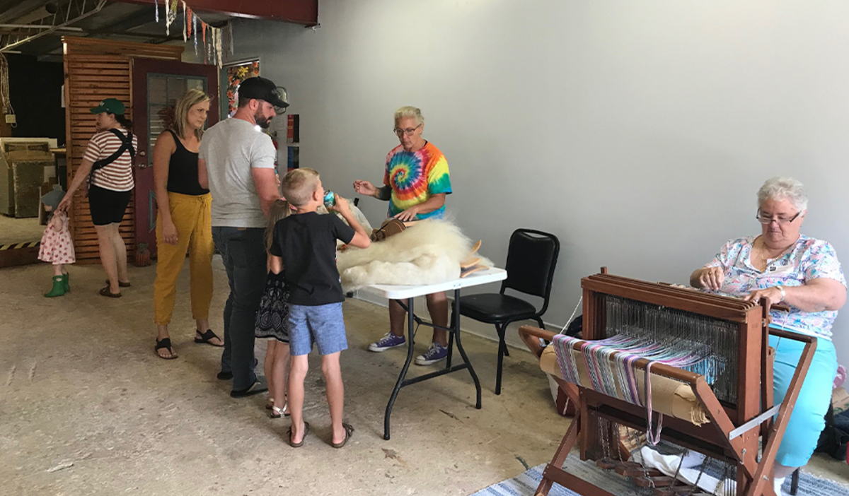 Weaving demonstration at Art Barn's Art Blitz 2021