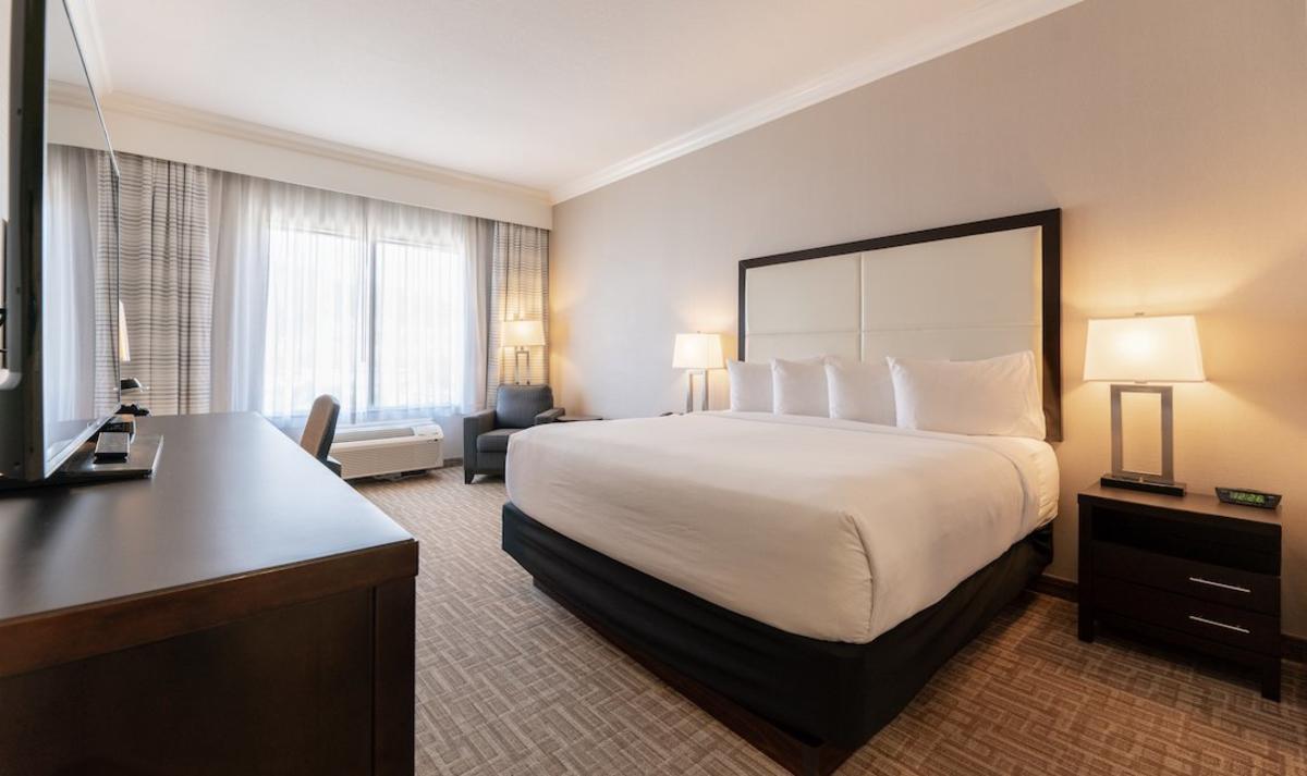 King Suite at Kanata Hotel