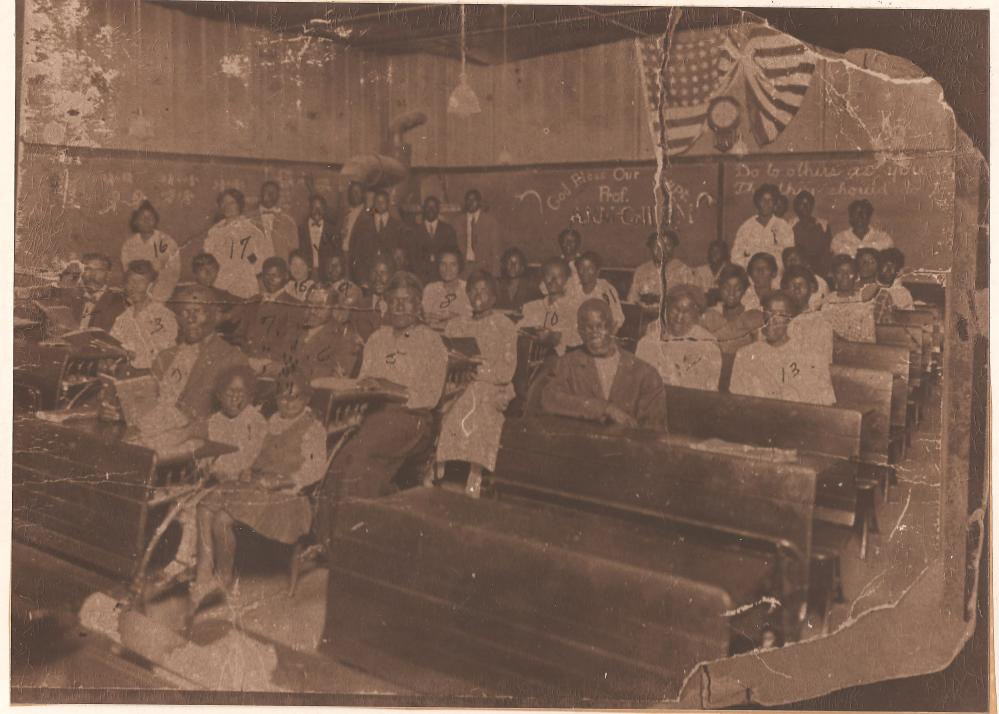 historic photograph of a turn of the century Clarksville classroom in Austin Texas