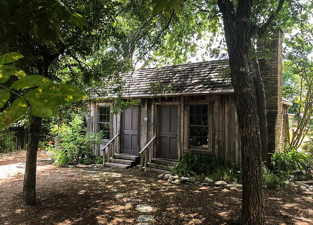 Historic cabin in Austin Texas