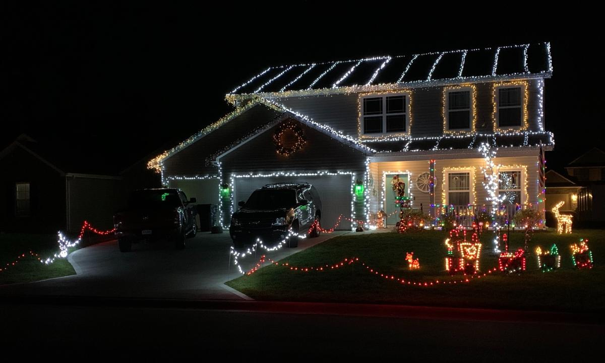 Lafortuna Way Holiday Display - Best Christmas Lights Display in Fort Wayne, Indiana