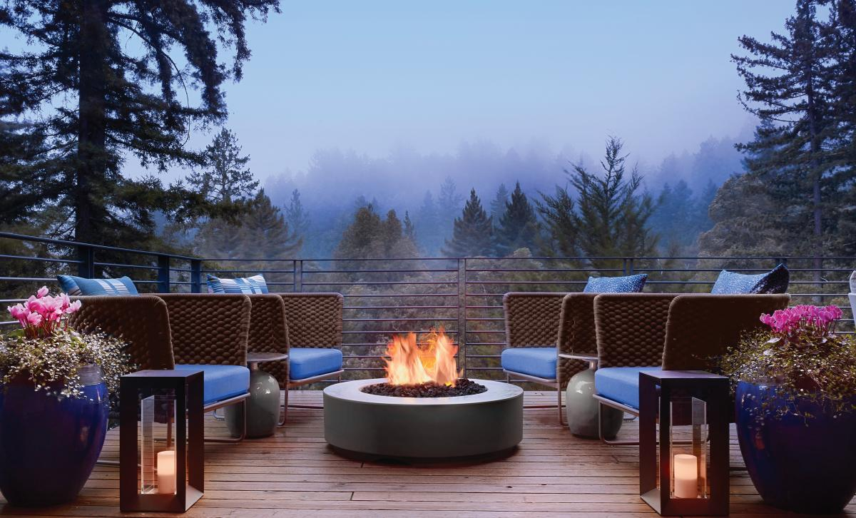 Canyon-Ranch-Woodside-Outdoor-Deck