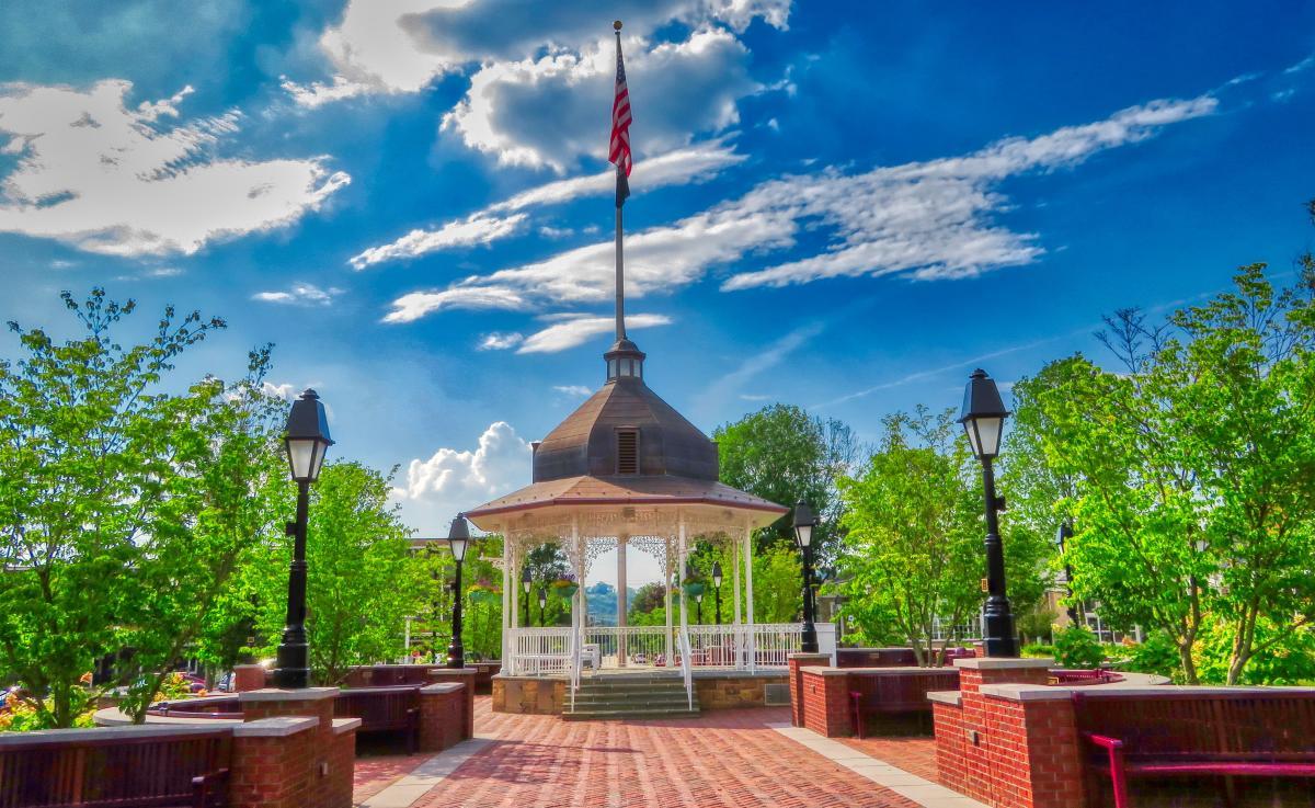 Ligonier's Diamond bandstand