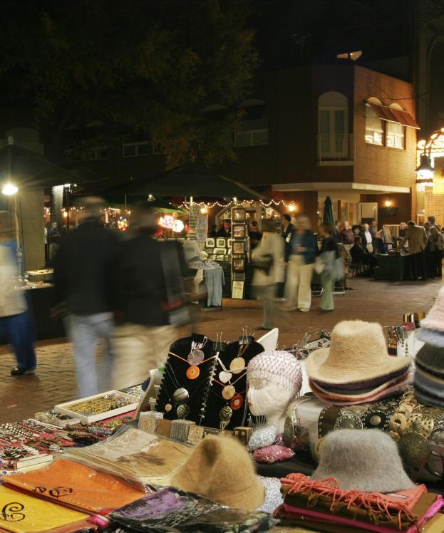 Downtown Mall Night Shopping