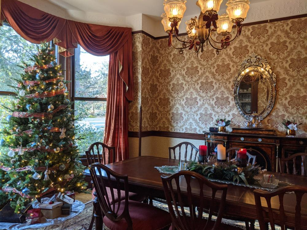 Holiday decorations at the 1899 Wright Inn and Carriage House in Asheville, NC