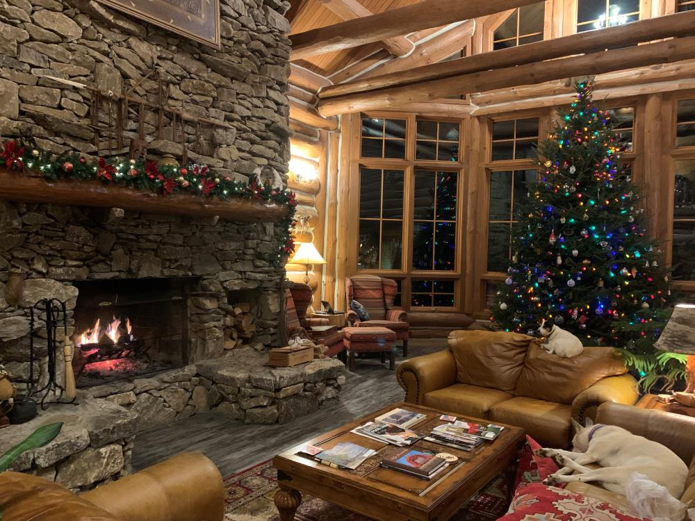 Holiday decorations at Wildberry Lodge near Asheville, NC