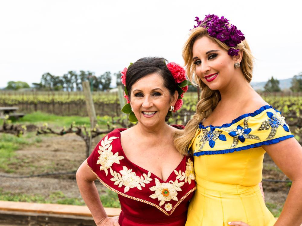 Amelia and Dalia Ceja