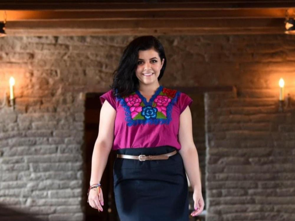 Cinthya Cisneros from La Cheve Bakery & Brews