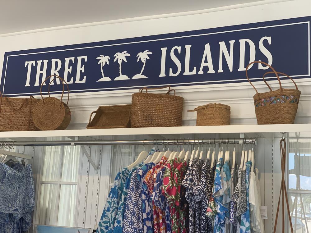Three Islands Sign