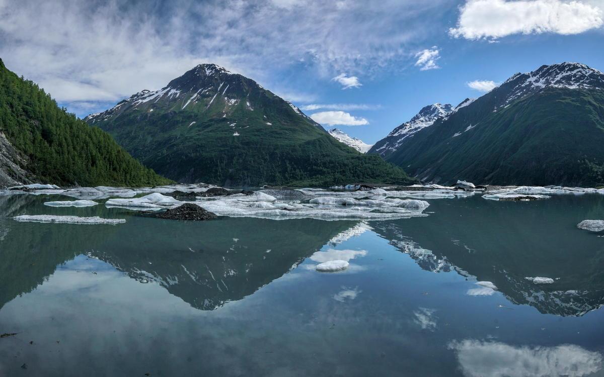 ice bergs in a Valdez Glacier Lake