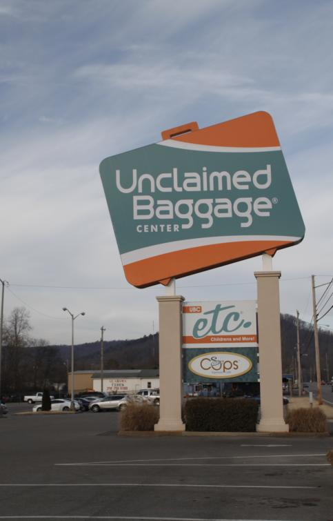 Unclaimed Baggage Sign