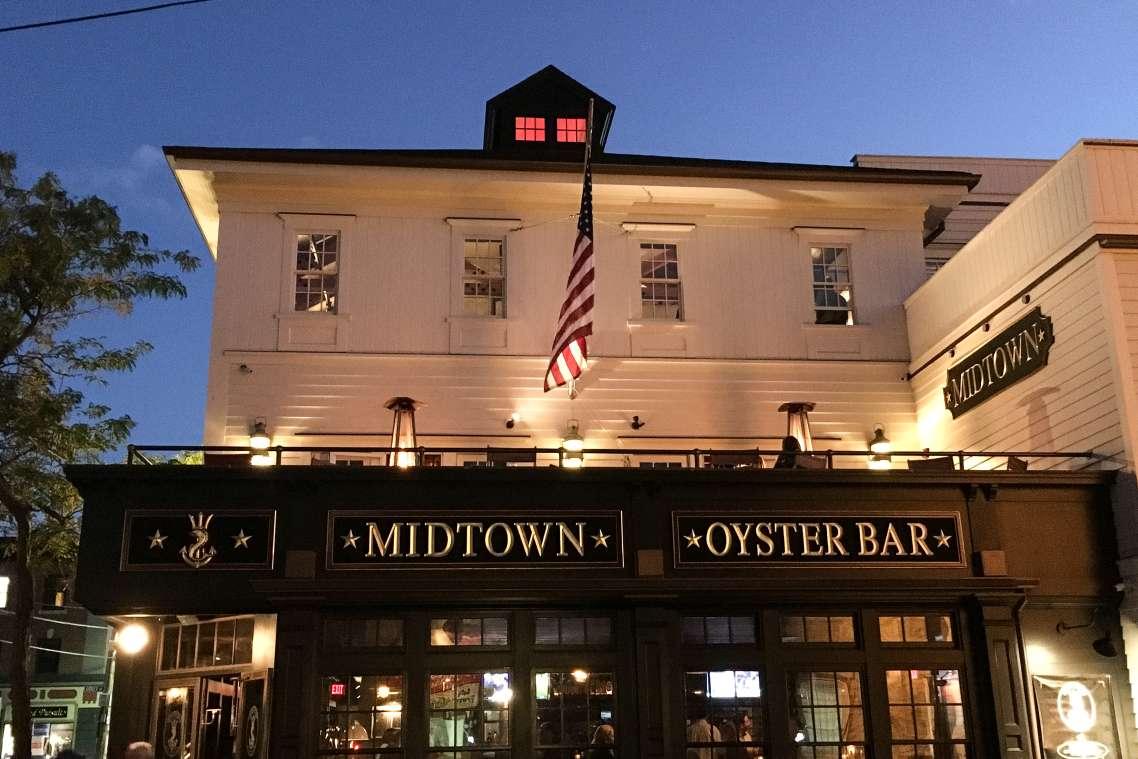 Restaurants Open Late In Newport Ri Discover Newport