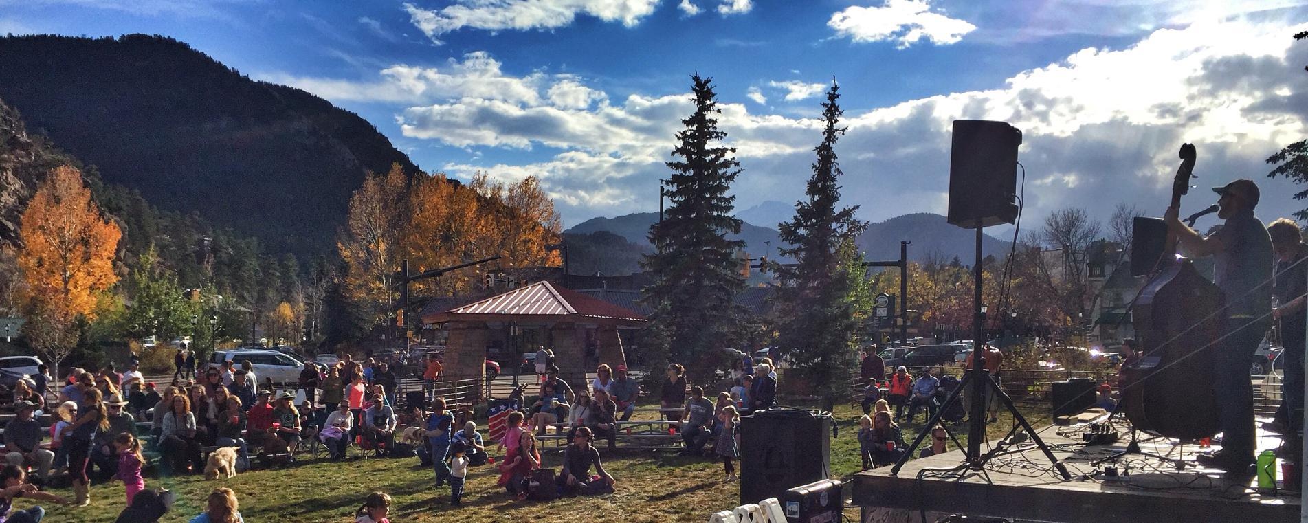 Pumpkins-and-pilsners-festival
