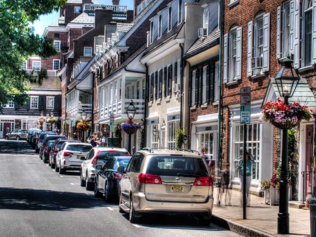 Parking Guide for Downtown Princeton | Free Parking & Garages