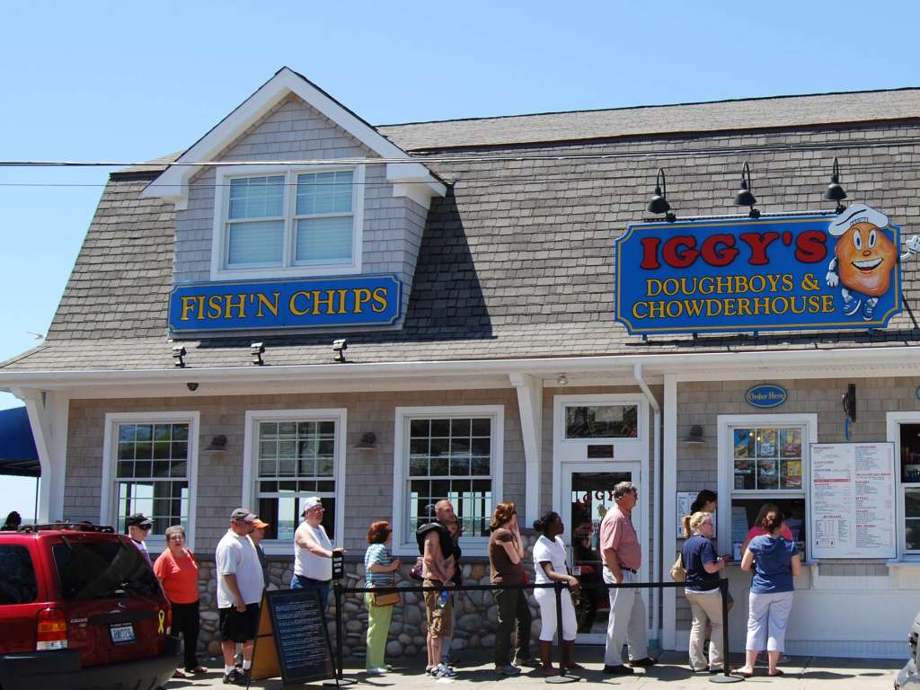 Iggy's Doughboys & Chowder House Oakland Beach-Warwick