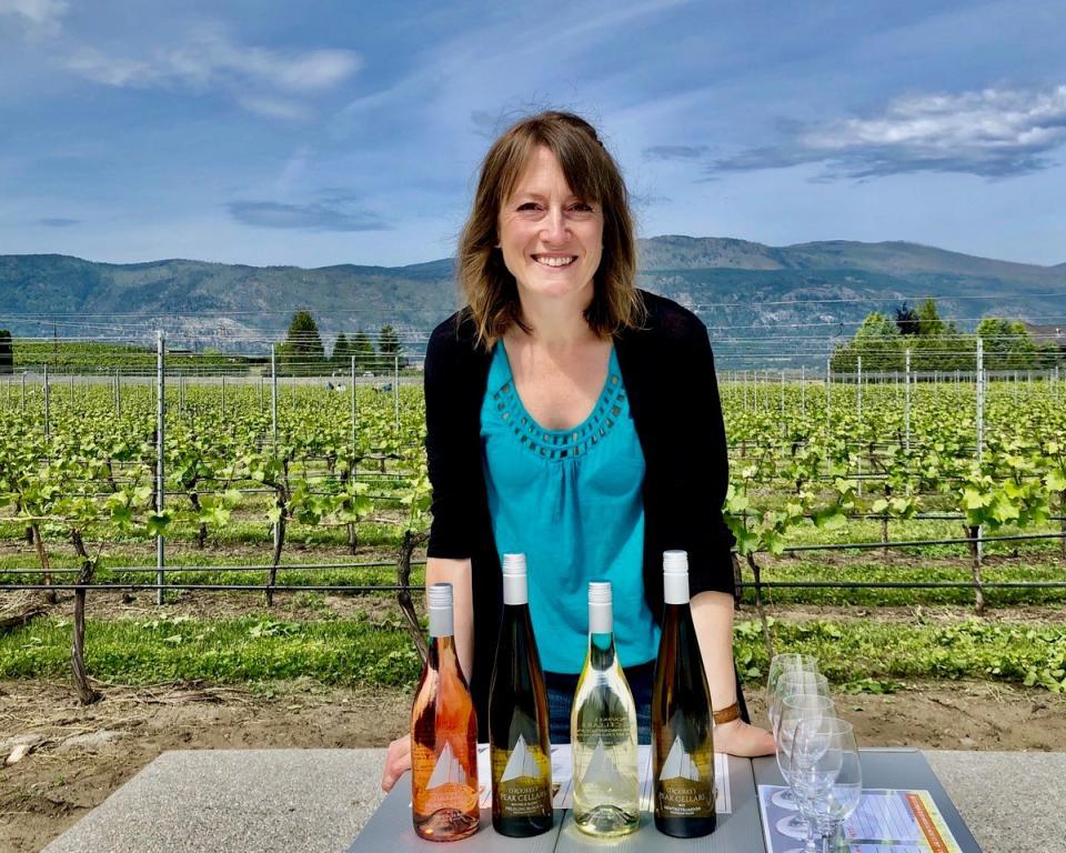 Peak Cellars - Vineyard Wine Tasting