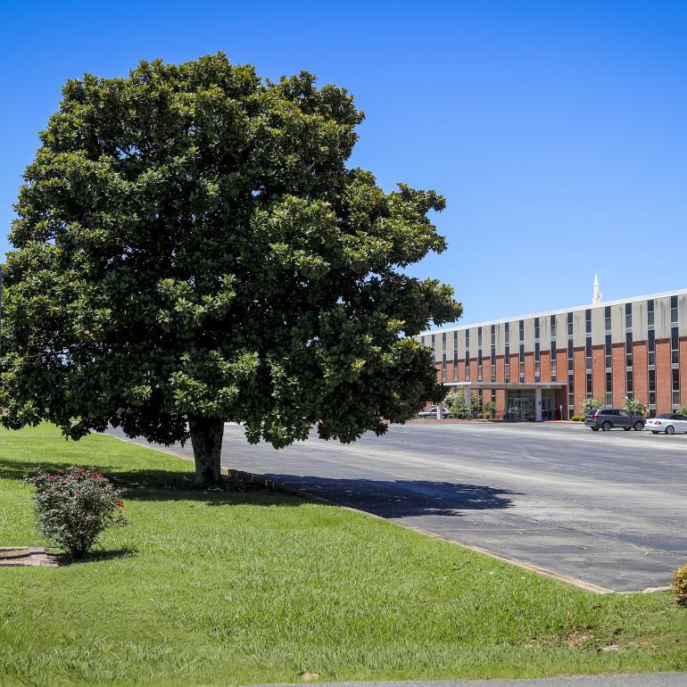 Lakeland Community Hospital