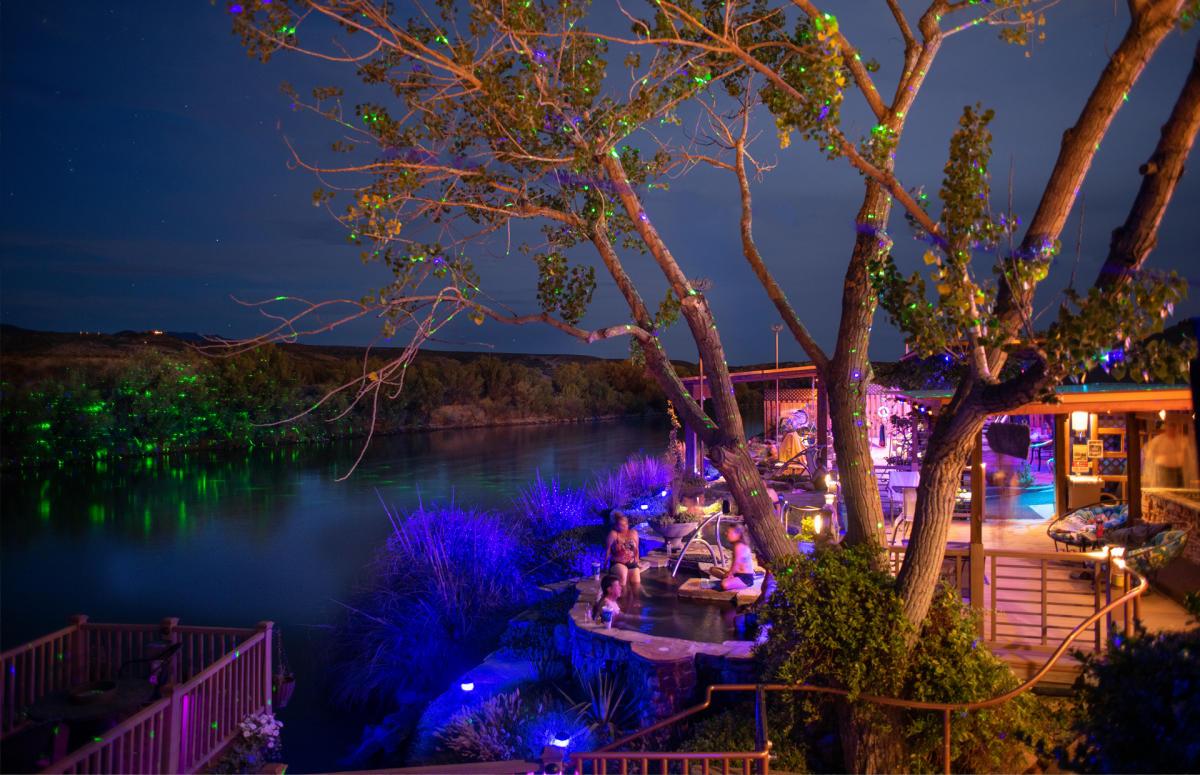 Riverbend Hot Springs at night