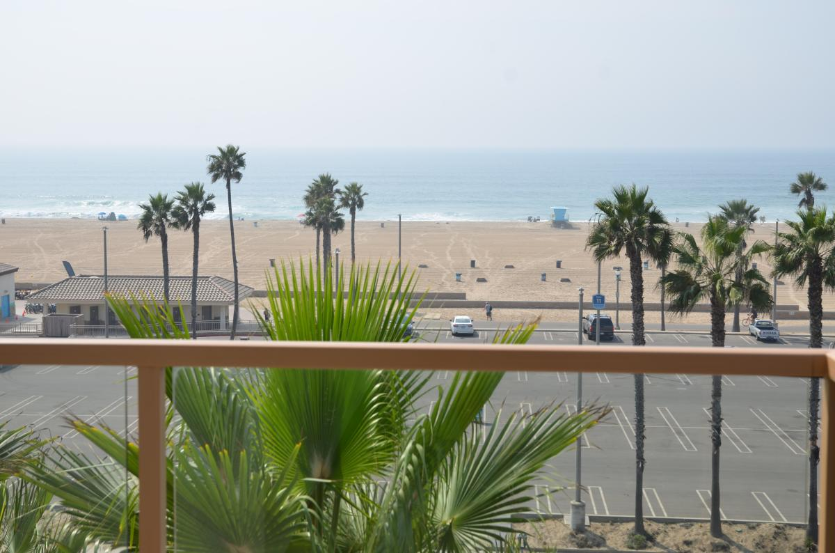 Ocean view from the Waterfront Beach Resort, a Hilton Hotel in Huntington Beach