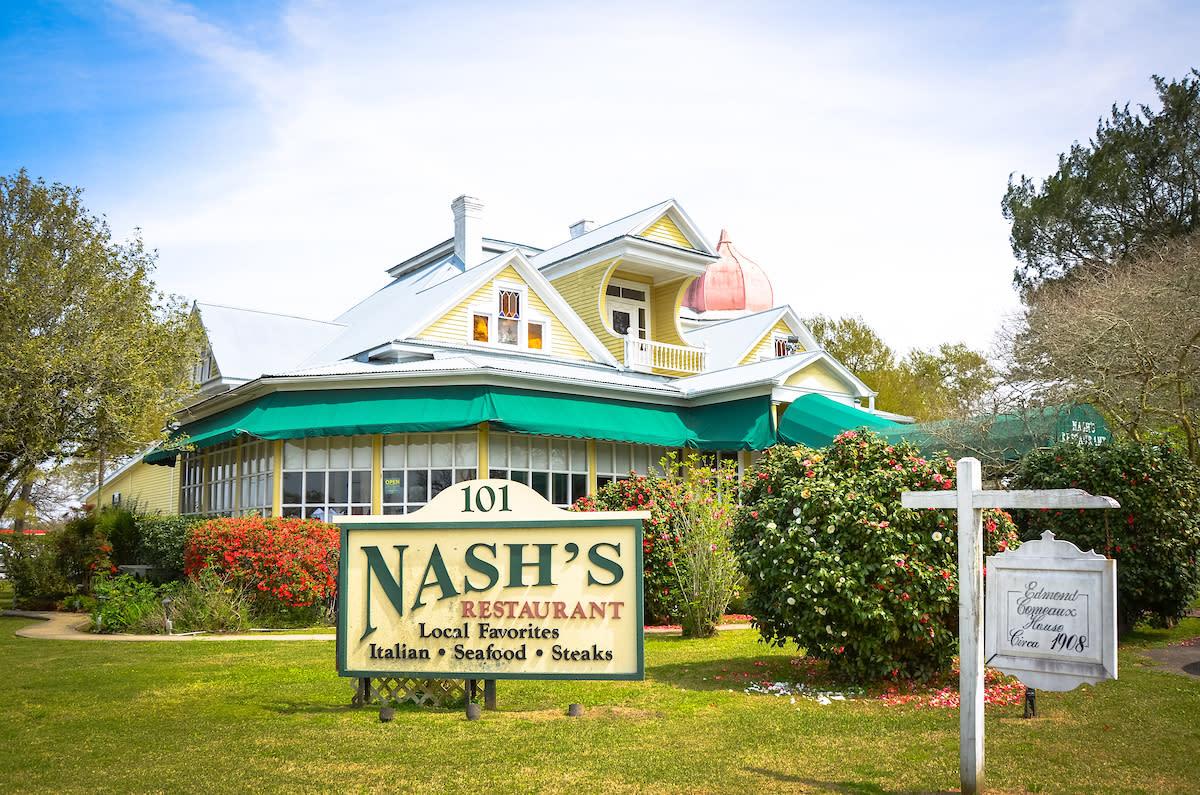 Nash's Exterior