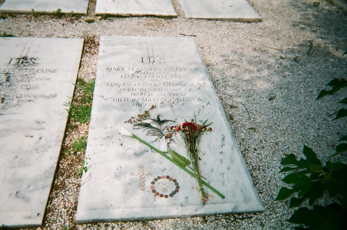 Flannery O'Connor grave