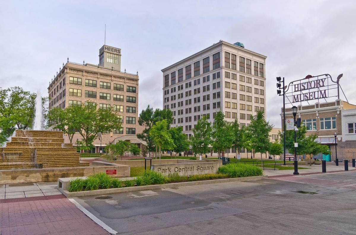 Park Central Square, Downtown Springfield