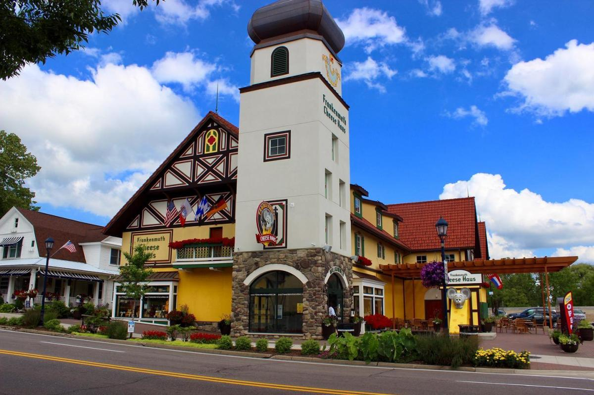 Downtown street view of Frankenmuth Cheese Haus in Frankenmuth