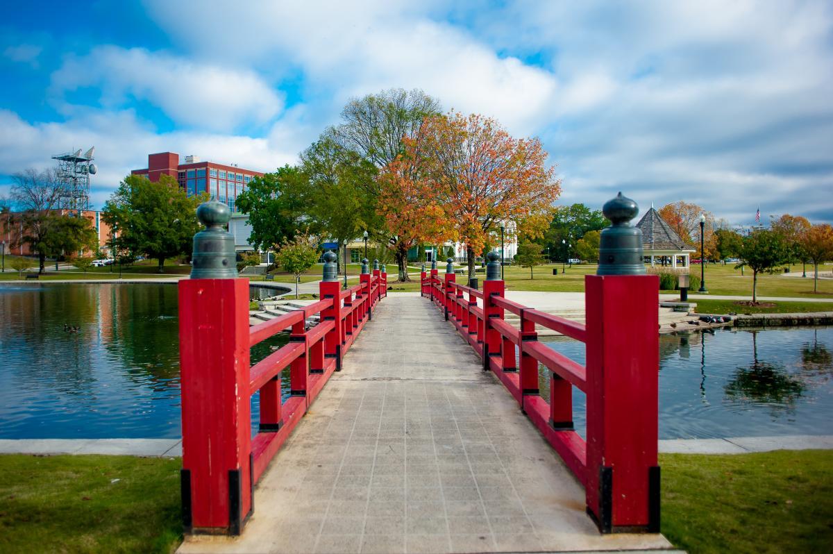 Big Spring Park Red Bridge