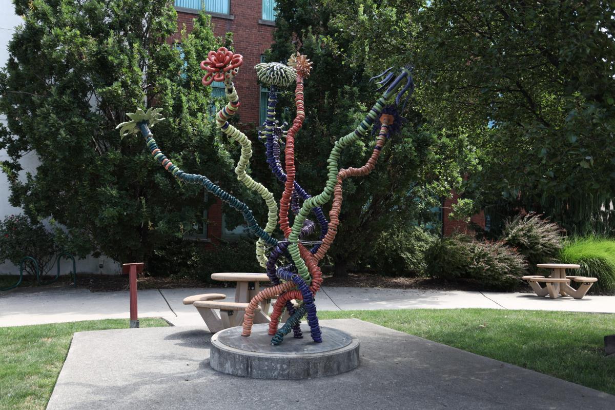 Joyful Experience (Sculpture)