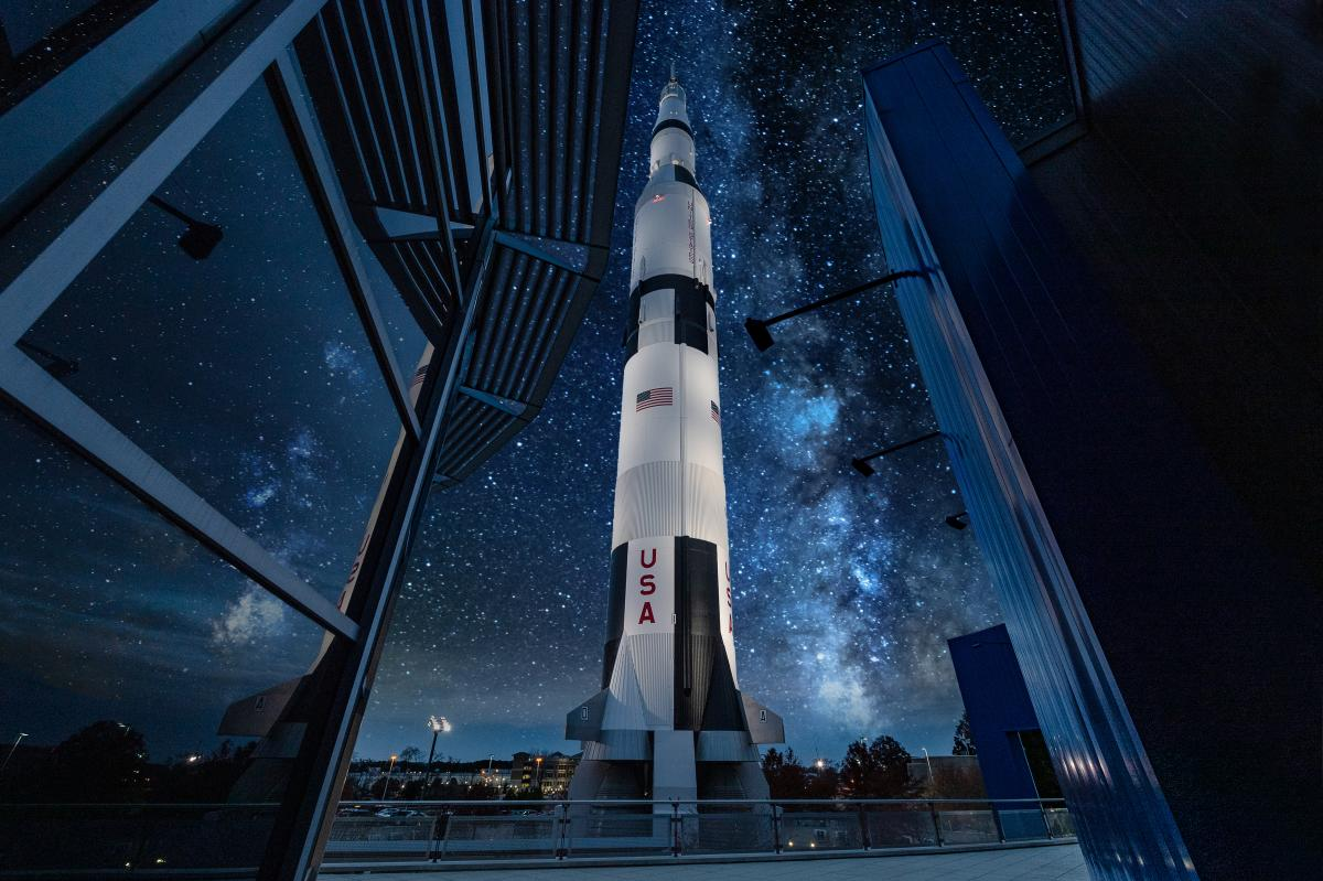 US Space & Rocket Center Saturn V Stars Destination Guide 2020