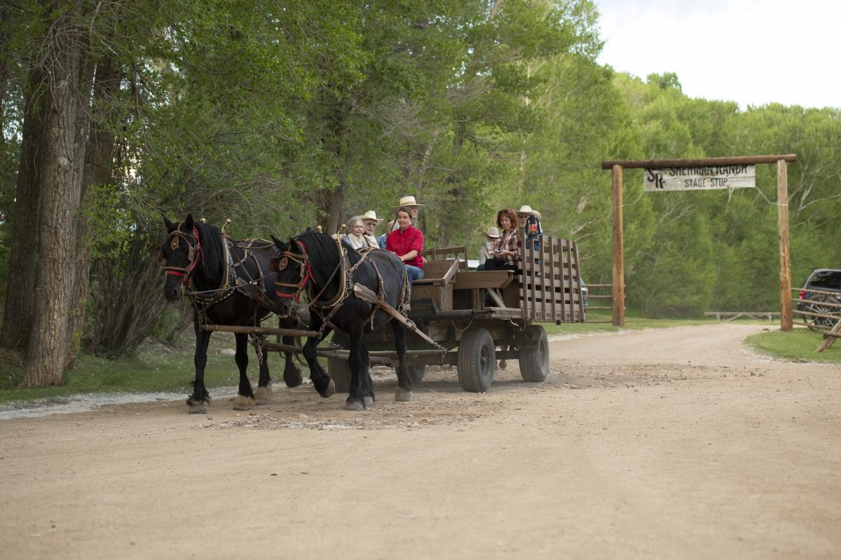 Vee Bar Guest Ranch Wagon Ride