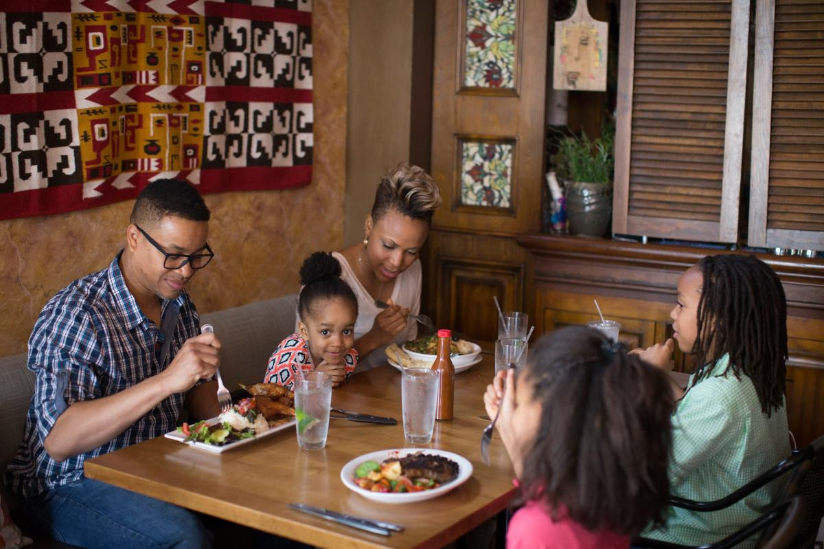 Family dining at Cafe Cusco