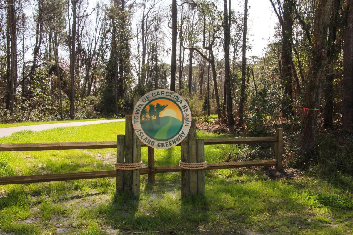 Island Greenway sign