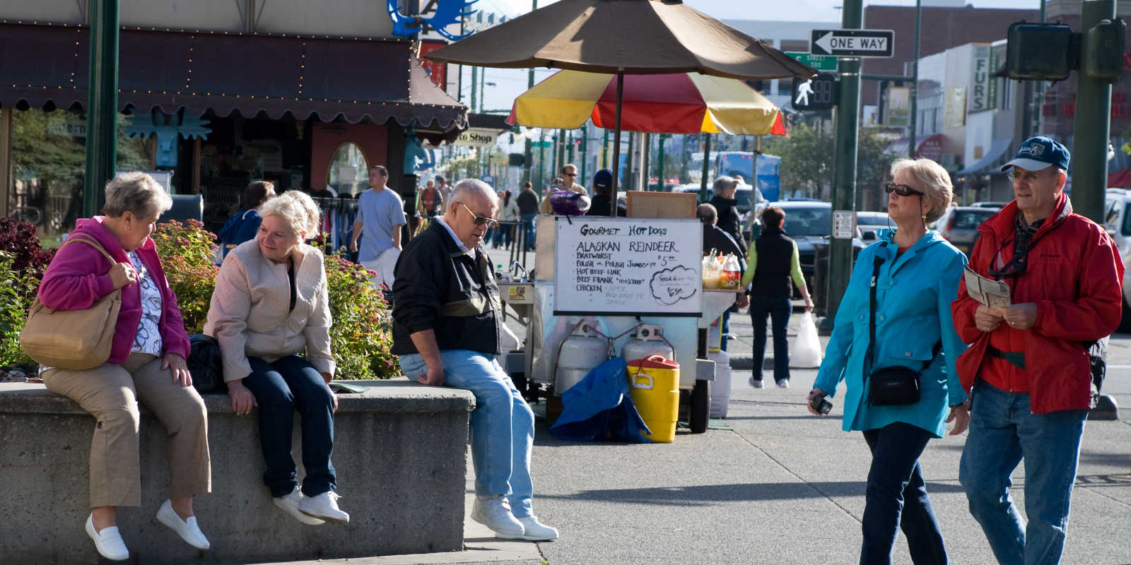 Downtown Anchorage visitors and hot dog vendors