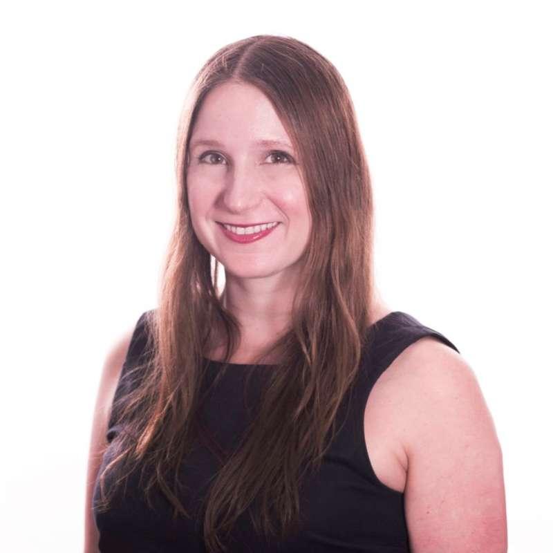 Blogger Jeanne Hoffman