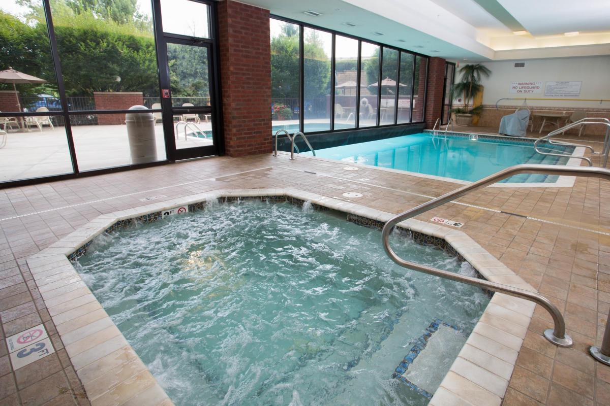 Swimming Pool at Drury Inn and Suites