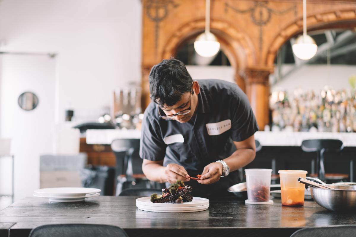 Service Bar - Restaurant - Global Food