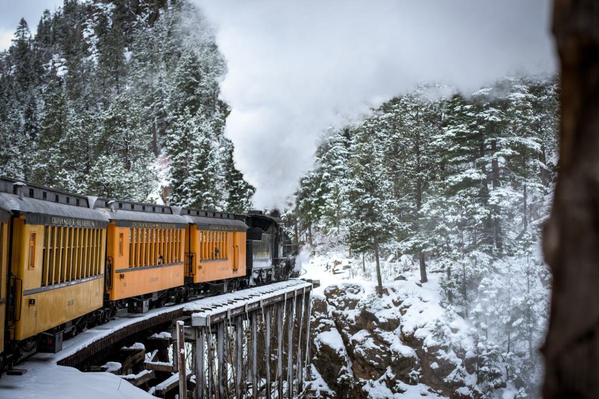 train snow bridge