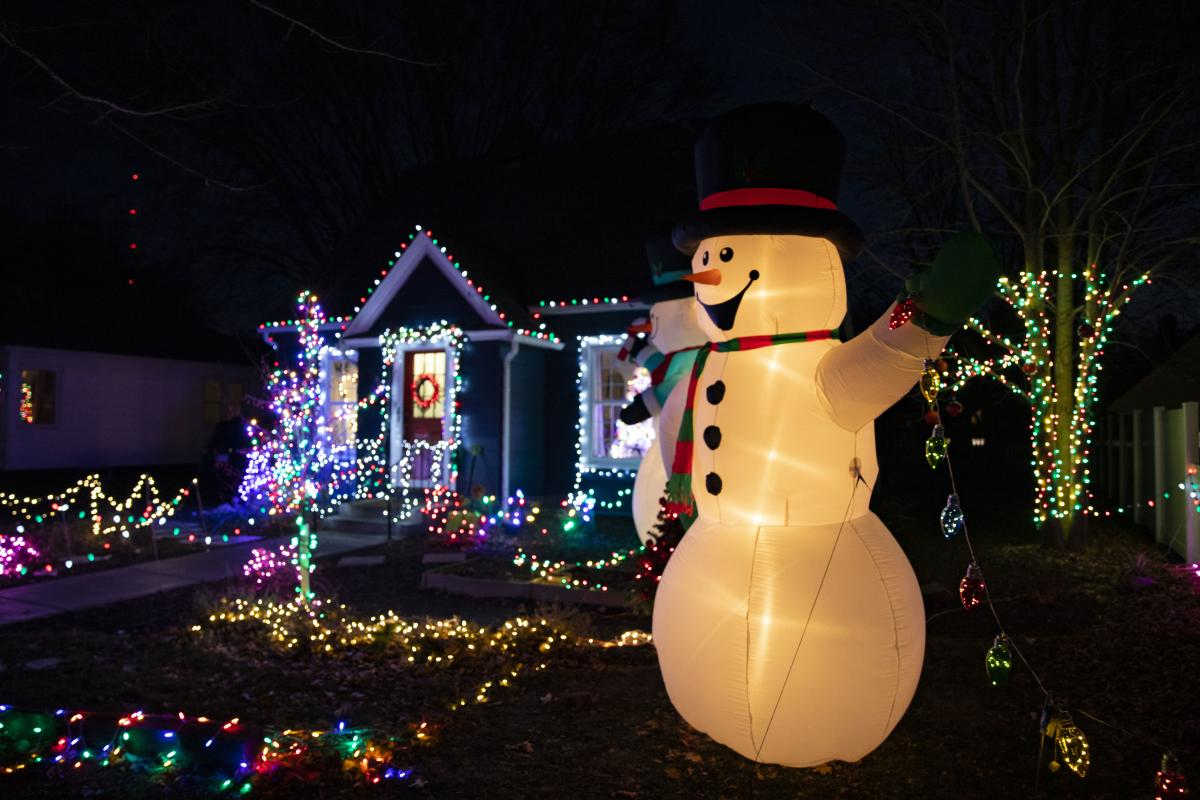 House lit up during holidays for Clearwater Parade of Lights