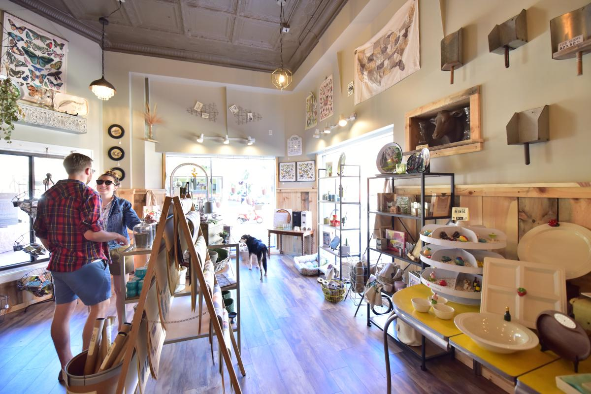 People shopping at Raggedy Man located in downtown Eau Claire