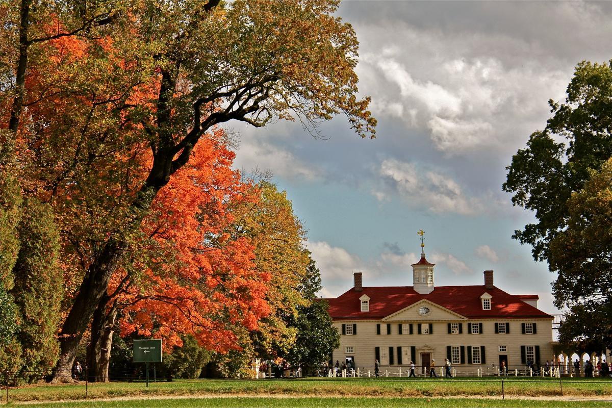 Mount Vernon in Autumn