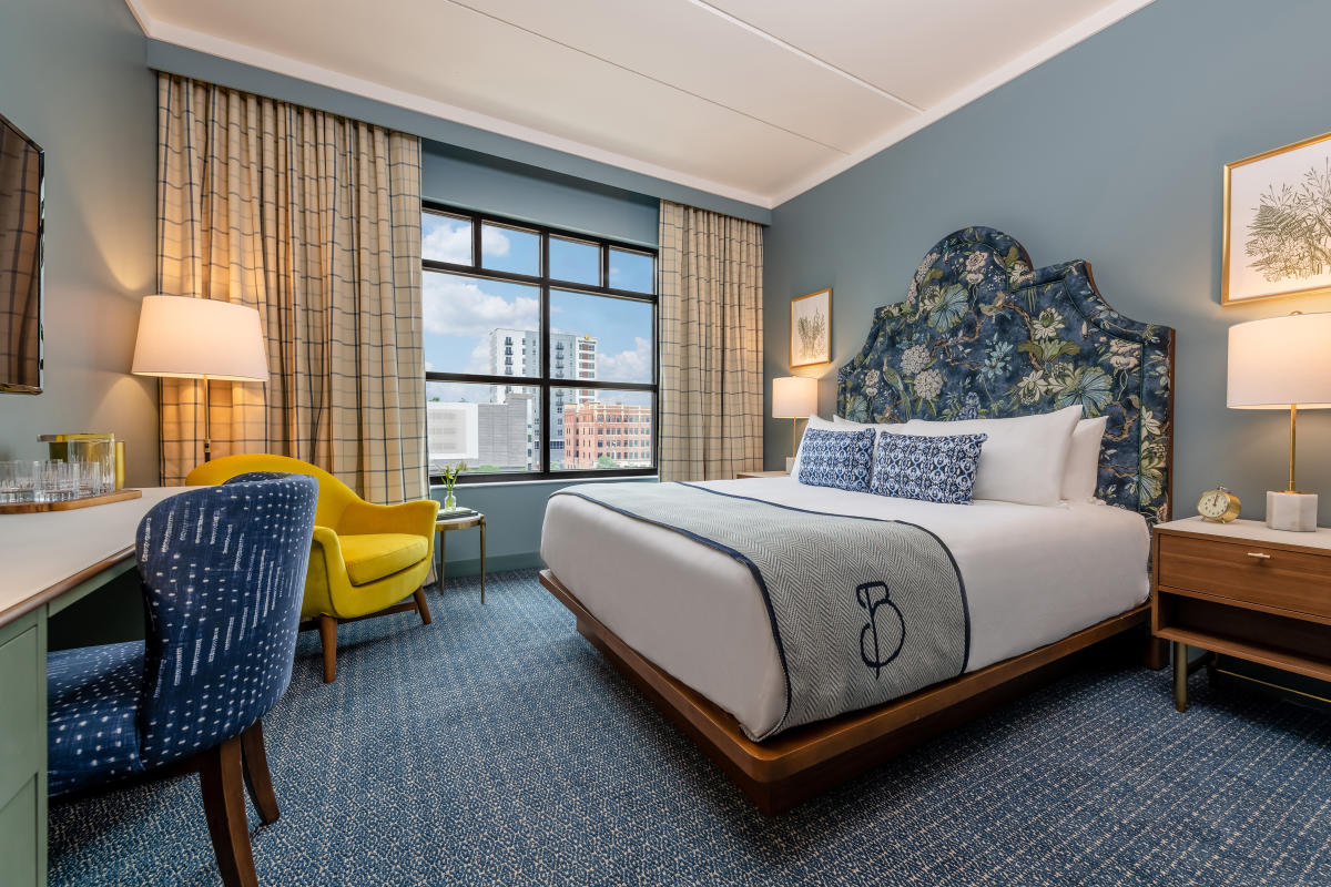 The Bradley - Premiere Guest Room - Photo credit to Ruth Yaro and Provenance Hotels