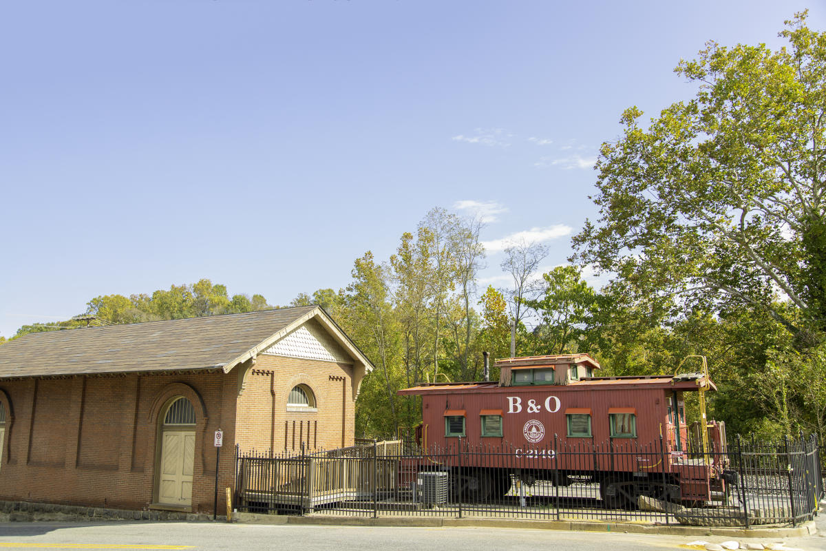 B&O Railroad Museum: Ellicott City Station Caboose