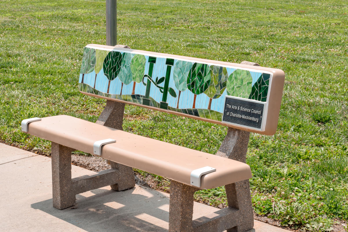 bus bench Huntersville